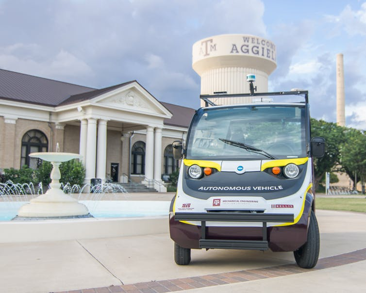 A self-driving shuttle at Texas A&M. Swaroopa Saripalli, CC BY-ND